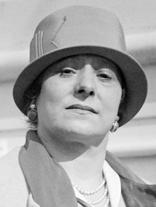 До 1905 г. Хелена Рубинщайн има около 8 млн. паунда